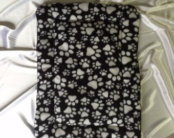 """Paw Print - Dog or Cat Bed or Mat - Reversible Fleece - Size 16 1/2"""" x 23"""""""