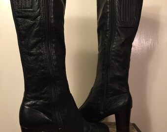 Vintage 70s Tall Black LEATHER Knee High Zip Boots~8