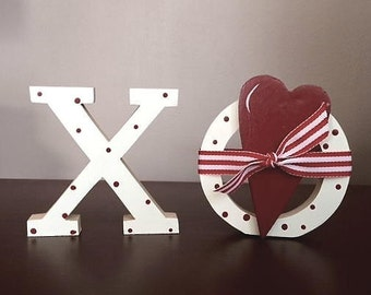 "3 1/2"" X O with heart, standing"