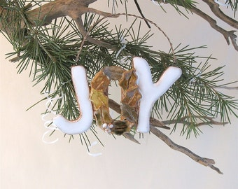 """Clay """"Joy"""" Tree Ornament or Greeting Sign - Clay Holly Leaves on Letter """"O"""" - Festive Wall Hanging - Handcrafted Clay- Holiday Tree Decor"""