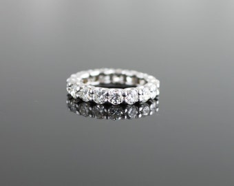 U-Prong Diamond Eternity Band