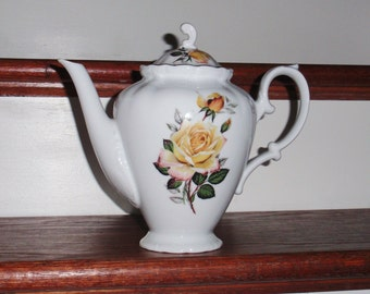 """M K TEAPOT Coffee Germany Bavaria Cover Lid China 6 Cup Yellow Roses White Green Leaves Gold Trim Scalloped 8 1/2"""" High Excellent Condition"""