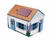 CASAGAMI  ILE de RE (Fisherman house ) A  Solar powered night-light / Veilleuse Solaire - Sustainable Design
