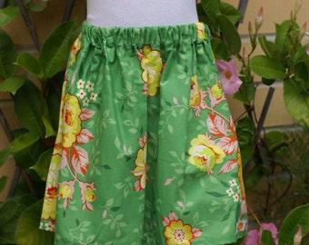 SIZE 7 Cotton skirt. Pretty liberty-esque green floral