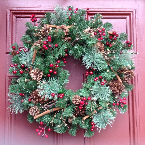 Natural style red berry and pinecone winter holiday wreath premium