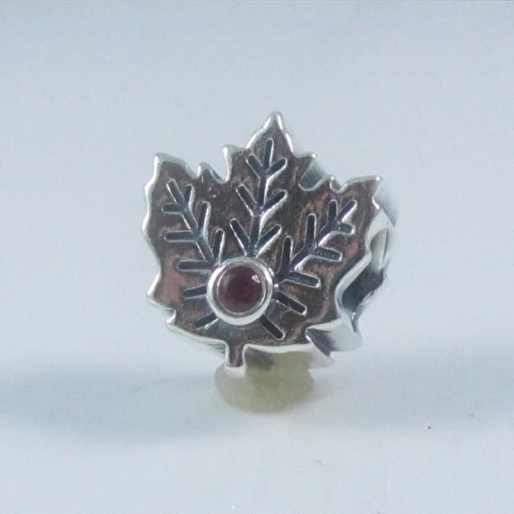 new genuine authentic pandora silver maple leaf charm by