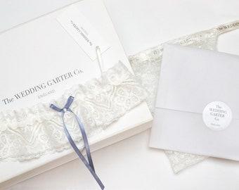 Catherine  lace wedding garter / Ivory- size medium (50-60cm)