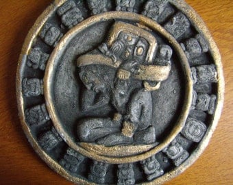 Original round wall chart in stone, Mayan calendar, sculptures, Vintage