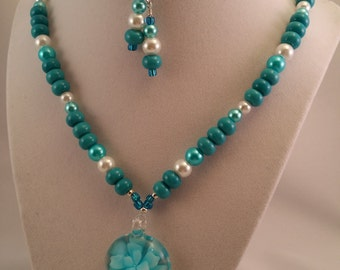 Blue Flower Glass Pendant Necklace with Earrings Set
