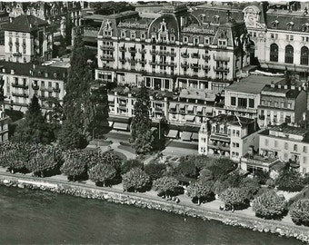 Montreux, Hotel Suisse et Majestic, Switzerland,  Vintage 1950  Unused Real Photo Postcard
