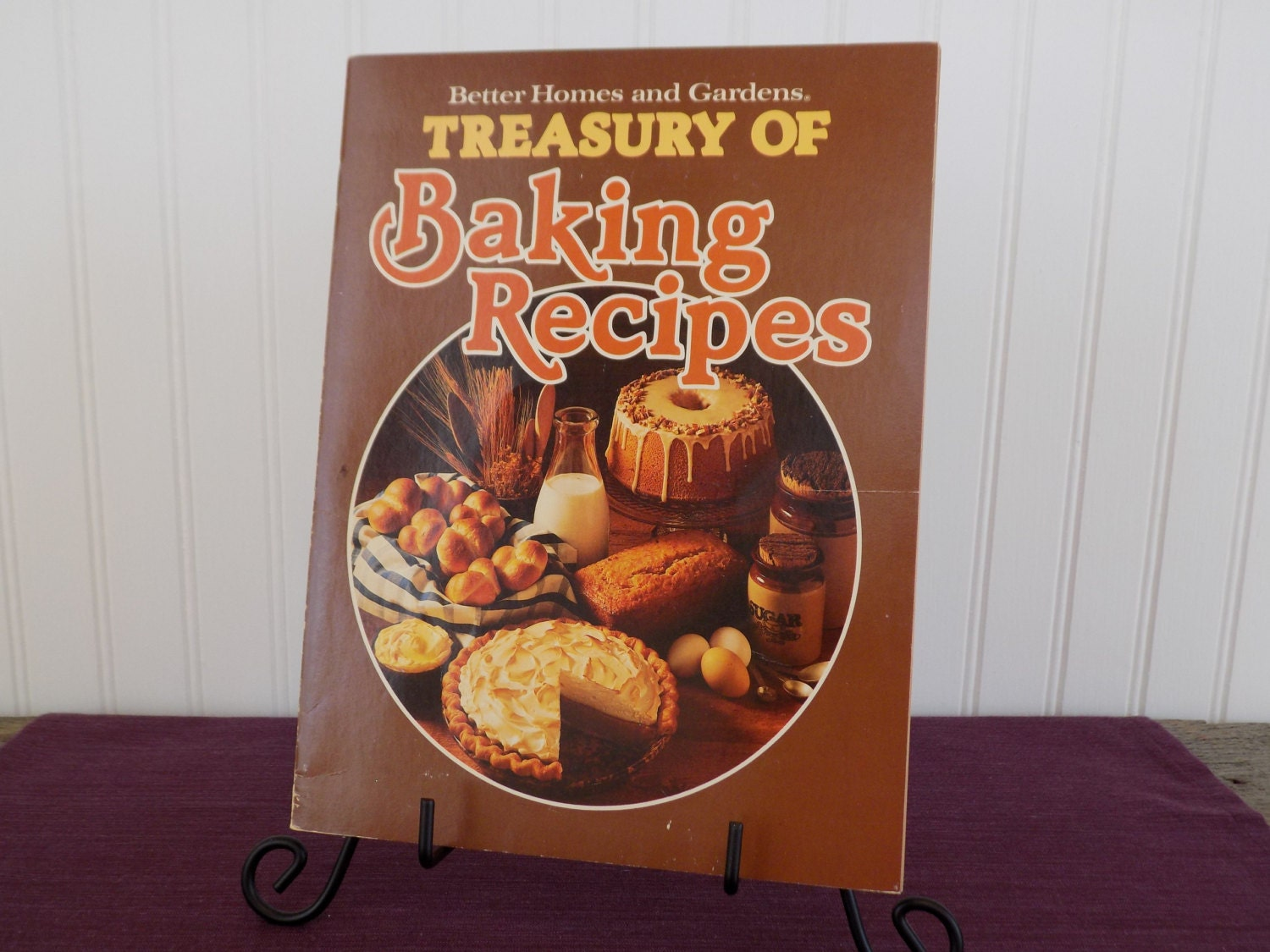 7 Popular Siding Materials To Consider: Better Homes And Gardens Treasury Of Baking Recipes Vintage