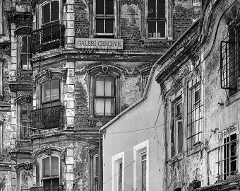 Black and White, photograph, Istanbul, Turkey, urbex, abandoned, worn out, buidings, old buildings, Galata, art print,
