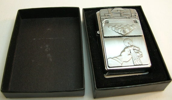 Never used or lit Still sealed ZIPPO LIGHTER 8-Ball/POOL  Never used or l...