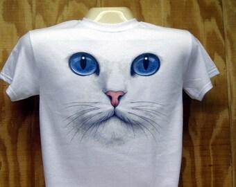 Blue Eyed Cat Face T-shirt