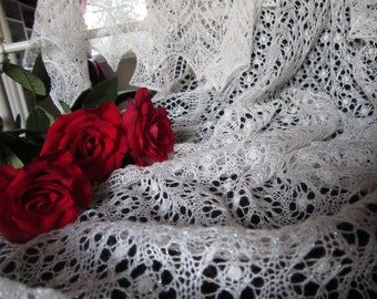 100% Cashmere Glittery White Fairy Dust , Handknitted Traditional Estonian Lace, Haapsalu Shawl