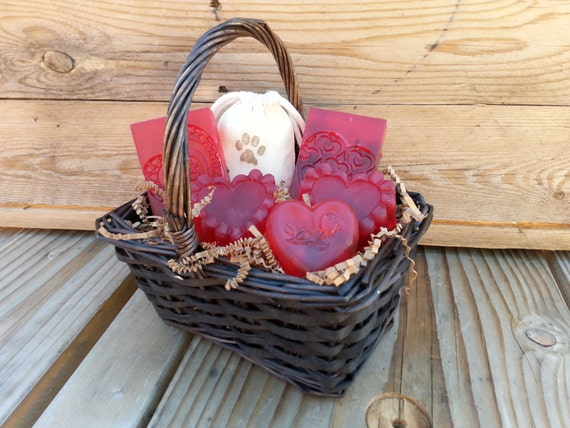 Handmade Gifts Baskets : Gifts for mom mothers day soap gift baskets