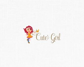 Diseño de logotipo personalizado niños linda niña