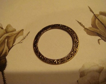 antiqued brass etched ring link 2 pc