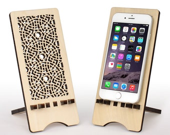 Wood iPhone 6 Stand