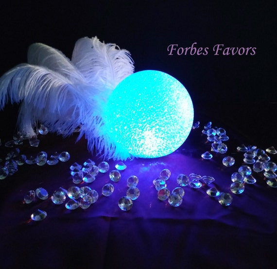Led orb globes multi color table decoration or event decor for Deco table multicolore