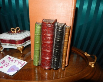 SYRACUSE NEW YORK Syroco Wood Bookends