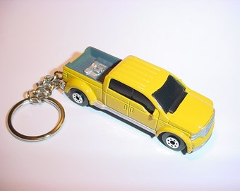 3D Ford Mighty F-350 superduty pick up custom keychain by Brian Thornton keyring key chain finished in yellow truck trim diecast metal f350