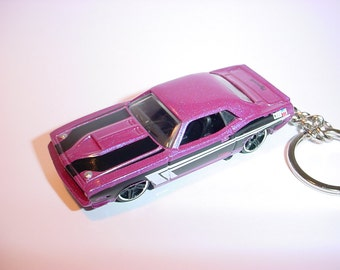 3D 1970 Plymouth AAR Cuda custom keychain by Brian Thornton keyring key chain finished in purple color trim diecast metal body
