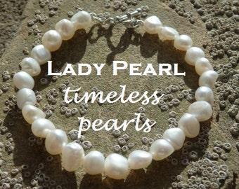 White Freshwater Pearl Bracelet, White Pearl Bracelet, White Pearls, Pearl Bracelet