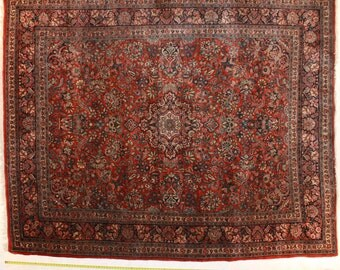 Traditional Qazvin handknotted Oriental rug 8 ft x 10 ft, in red, blue and a plethora of complimentary colors for a beautfiul floor.