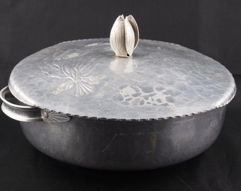 Early Hammered Aluminum Casserole with Cover, Vintage Decorative Casserole with Cover, Old Hammered Casserole