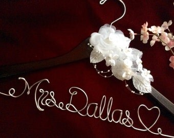 Huge sale- Personalized wedding hanger, Bride hanger, wedding dress hanger, heart wedding hanger