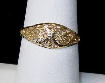 10K Modern Filigree Cigar Band Ring