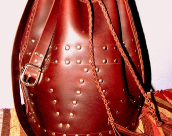 shoulder leather bag oiled veal, with drawing in studs... tote bag / shoulder bag oiled calf leather with studs drawi