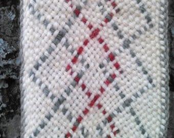 wool sash  oblique openface Native American fingerwoven style