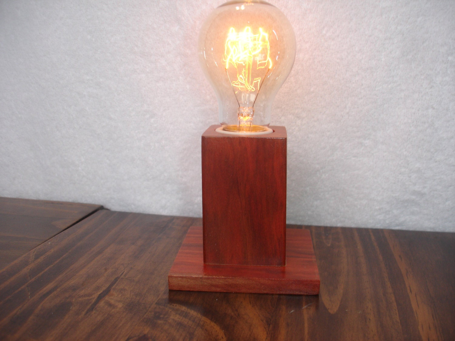 wood table lamp with edison bulb exotic hedheart. Black Bedroom Furniture Sets. Home Design Ideas