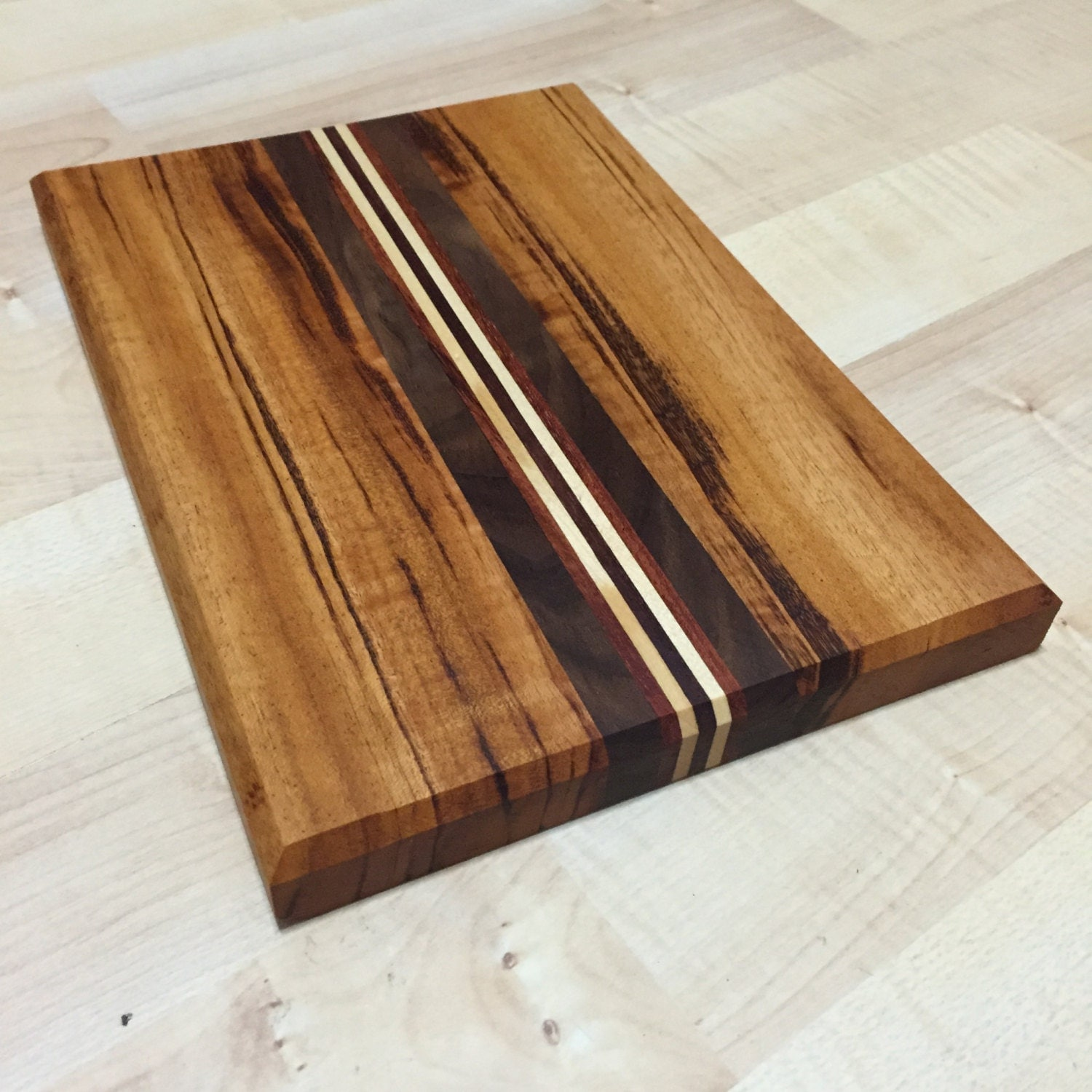 Shop our best selection of Wood Cutting Boards to reflect your style and inspire your home. Find the perfect cookware, housewares & specialty appliances at Hayneedle, where you can buy online while you explore our room designs and curated looks for tips, ideas & inspiration to help you along the way.