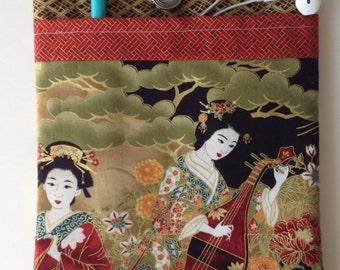 iPad Sleeve, iPad Cover, iPad Pocket, iPad Air Sleeve, iPad Case - Japanese geisha fabric with accessory pocket