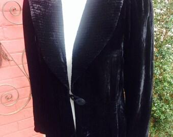 1930s velvet evening coat