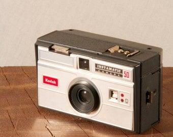Kodak Eastman, Instamatic 50 vintage camera. With bag and flash!