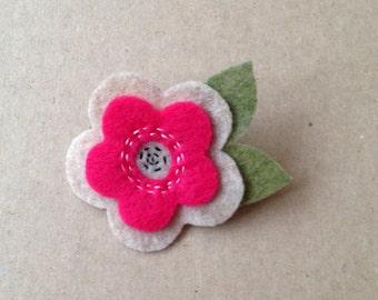 Pink & Beige flower Brooch/Pin - Handmade (Pin for Coats/Jackets/Scarfs/Hats/Dress/Bags/babies/Kids/Girls/Women)