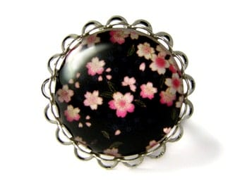 Cherry tree's flowers ring