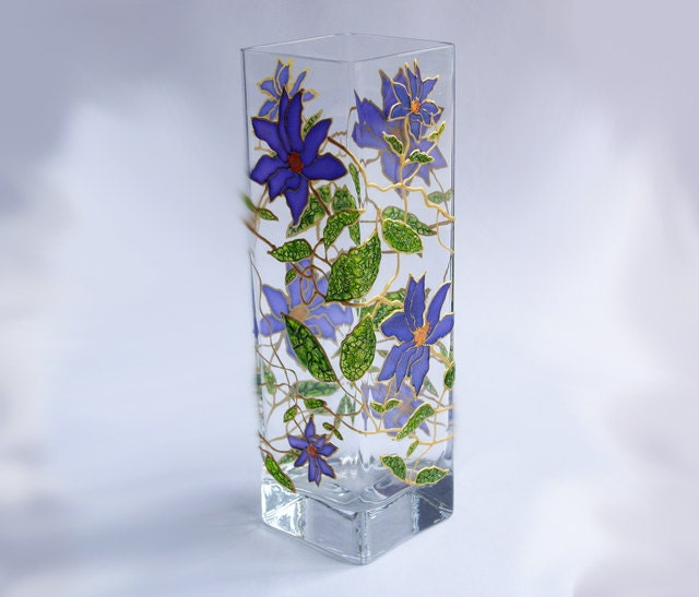 Hand painted glass vase lematis flowers hand painted - Great decorative flower vase designs ...