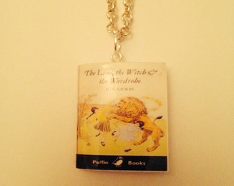 The lion, the witch and the wardrobe book necklace