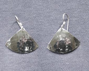 Fan earring.Hammered silver drop.Hammered finish.Medium silver drop.Everyday silver drop.Contemporary dangle.Simple silver dangle