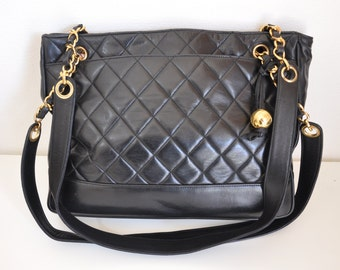 reserved SALE-- 100% authentic CHANEL vintage Shoulder Bag with Tags