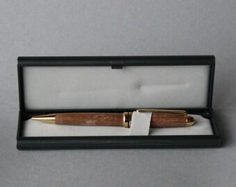 SO003 pen in PEI