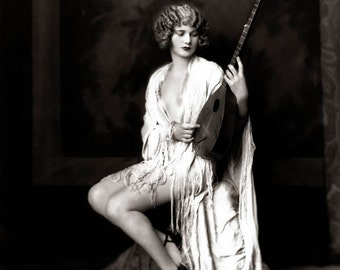 Alfred Cheney Johnston Photo, Ziegfeld Girl, guitar, 1920-30s