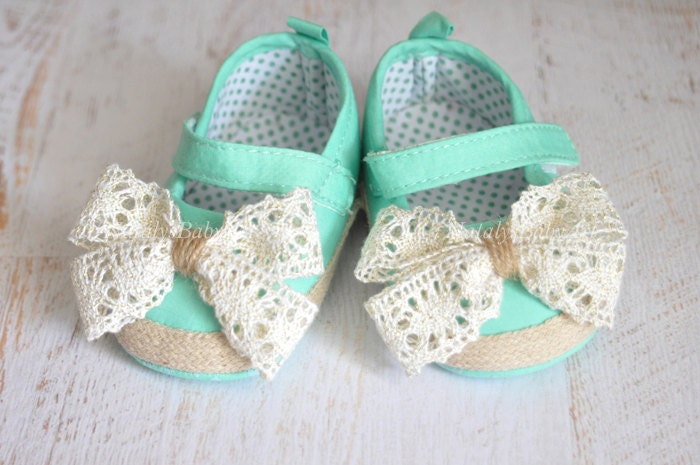 Baby Girl shoes Baby crib shoes Newborn baby girl shoes Mint