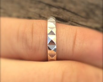 Silver studded ring - Great stacking ring - Pyramid stud - Sterling silver