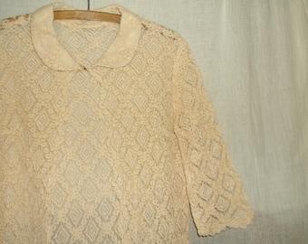 Vintage Lace Coat w/ Scallop Edges